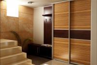 шкаф-ку-коричневый-под-дерево